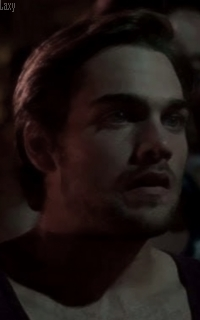 Dylan Sprayberry  - Page 4 Vavath11