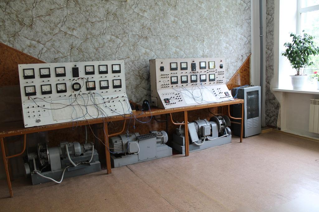 Кабинет электротехники и электроники Aeiaez12