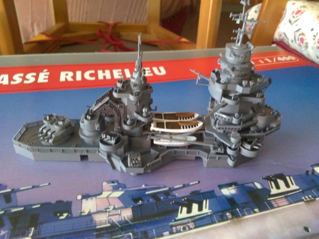 Cuirassé Richelieu 1/400 Img_2015