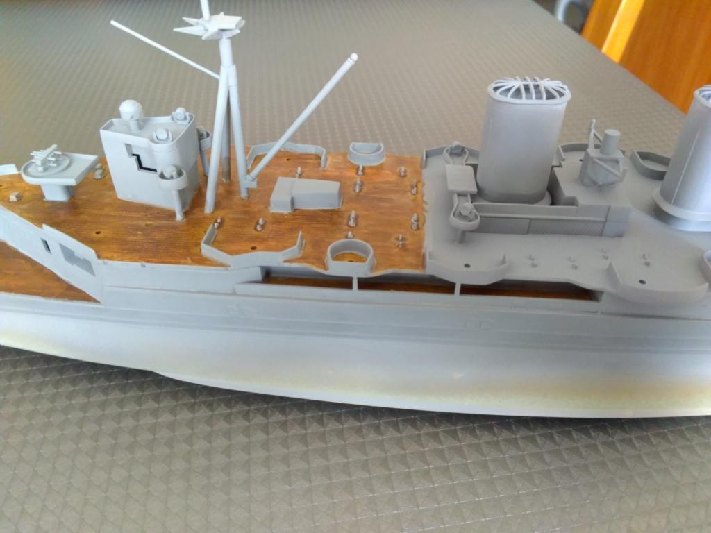 HMS HOOD 1/400 Heller Img_2077
