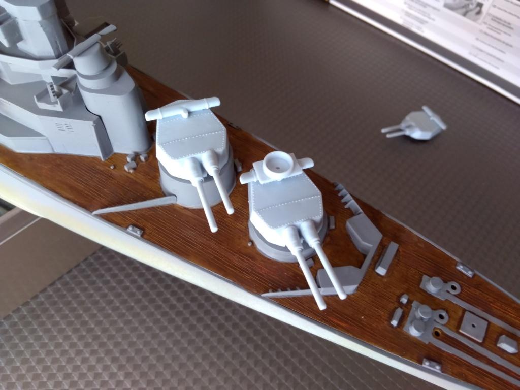 HMS HOOD 1/400 Heller Img_2078