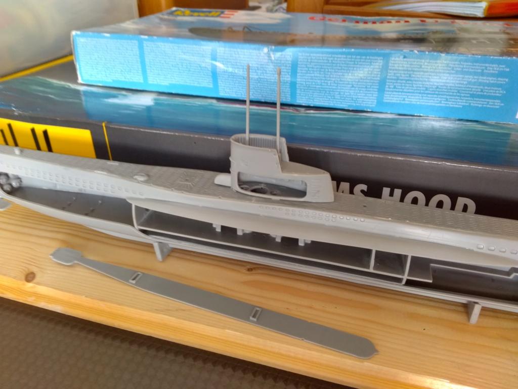 German U-Boot U-47 de Günther Prien avec intérieur  - Page 2 Img_2088
