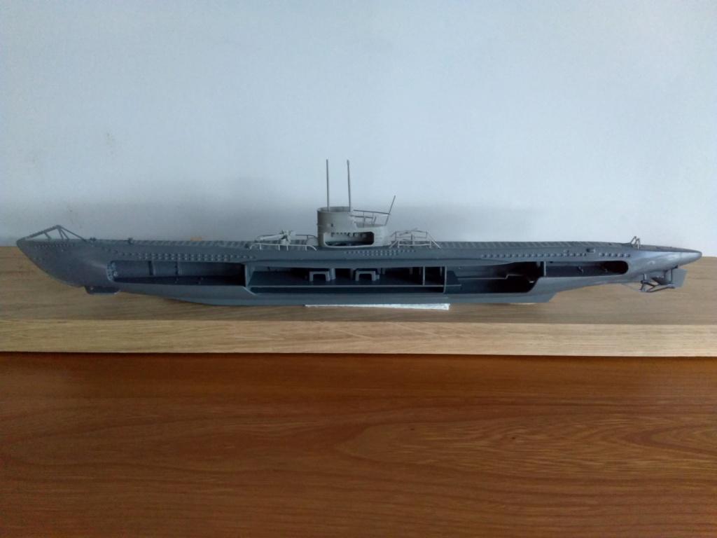 German U-Boot U-47 de Günther Prien avec intérieur  - Page 2 Img_2153