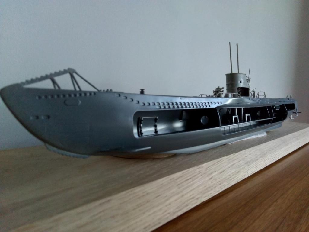 German U-Boot U-47 de Günther Prien avec intérieur  - Page 2 Img_2154