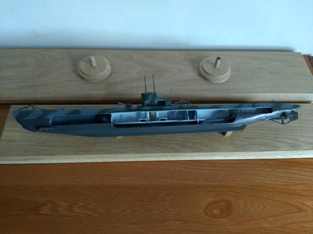 German U-Boot U-47 de Günther Prien avec intérieur  - Page 2 Img_2287