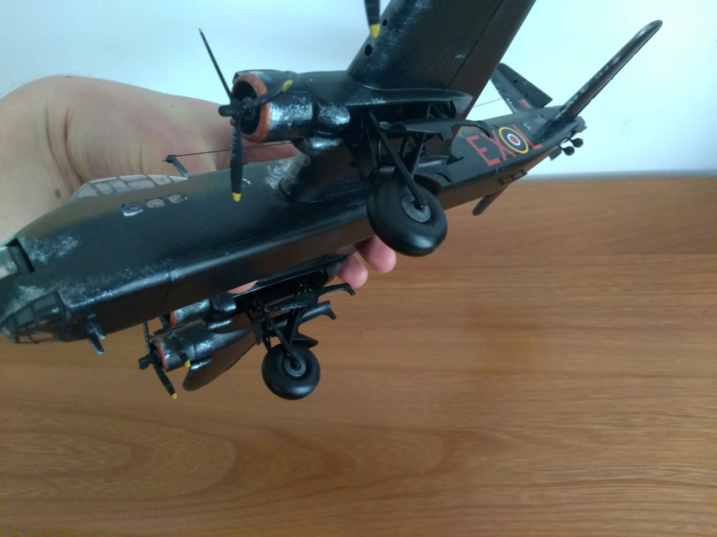Short Stirling B.Mk.I/B.Mk.III par Hugo54  - Page 2 Img_2690