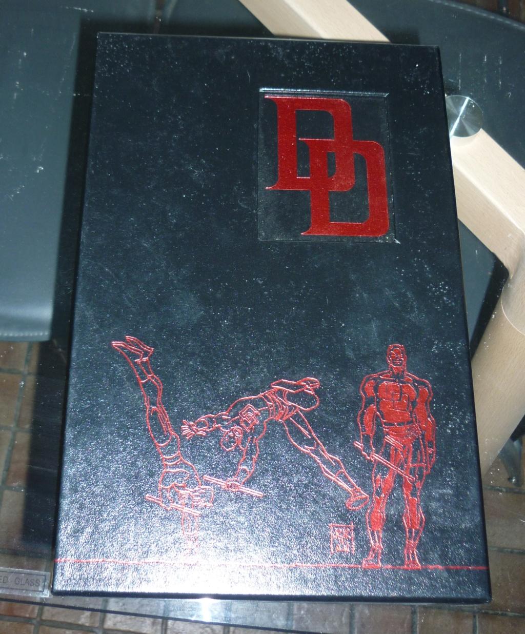Bustes et statues Bowen et autres - Page 4 P1040760