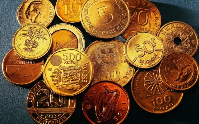 [Jeu] Association d'images - Page 7 Coins_10