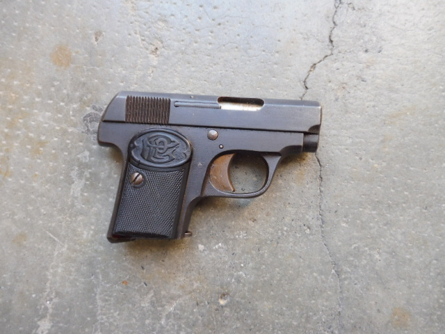 Quel est ce pistolet auto en 6,35 P1080511