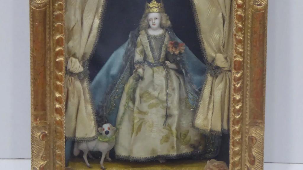 Marie-Antoinette derrière la vitre ? Zducre12
