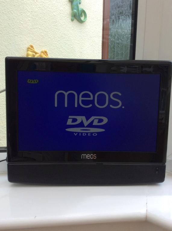 """MEOS 15.4"""" TV & DVD Img_0512"""