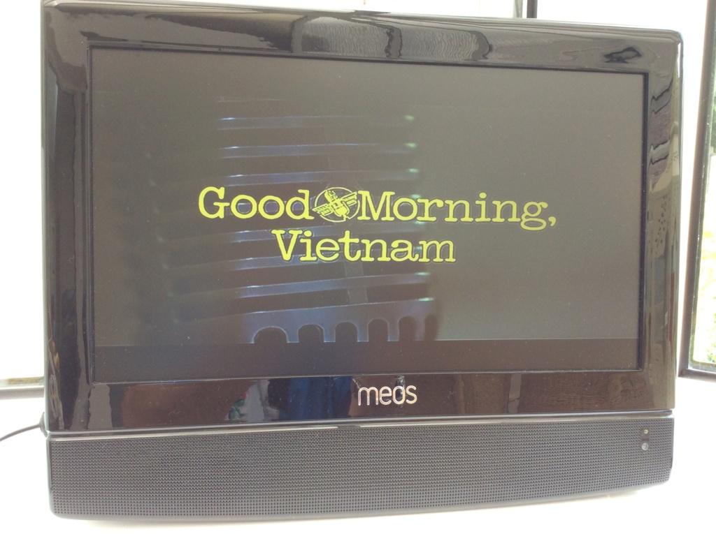 """MEOS 15.4"""" TV & DVD Img_0514"""
