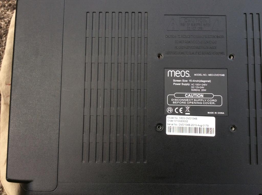 """MEOS 15.4"""" TV & DVD Img_0516"""