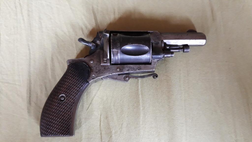 Identification pistolet, peut être de la première guerre mondiale. Besoin d'aide 20190811