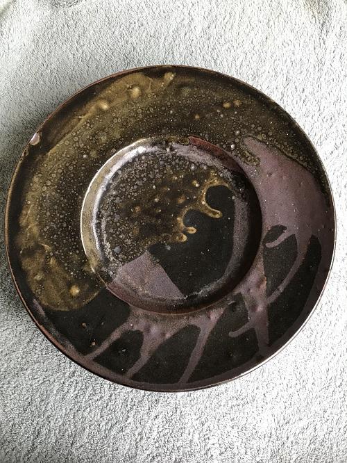 tenmoku glazed charger - maker? Img_9510