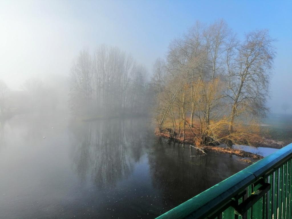 Brume du matin sur la Creuse Img_2026
