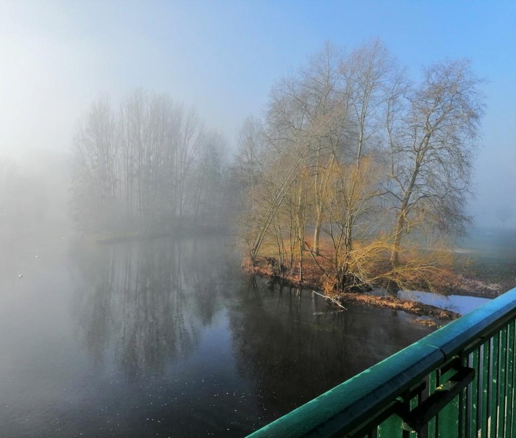 Brume du matin sur la Creuse Img_2027