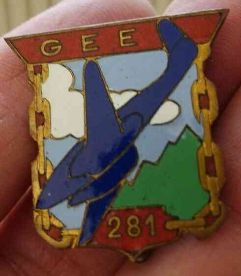 Insigne Armée de l'Air? Gee10