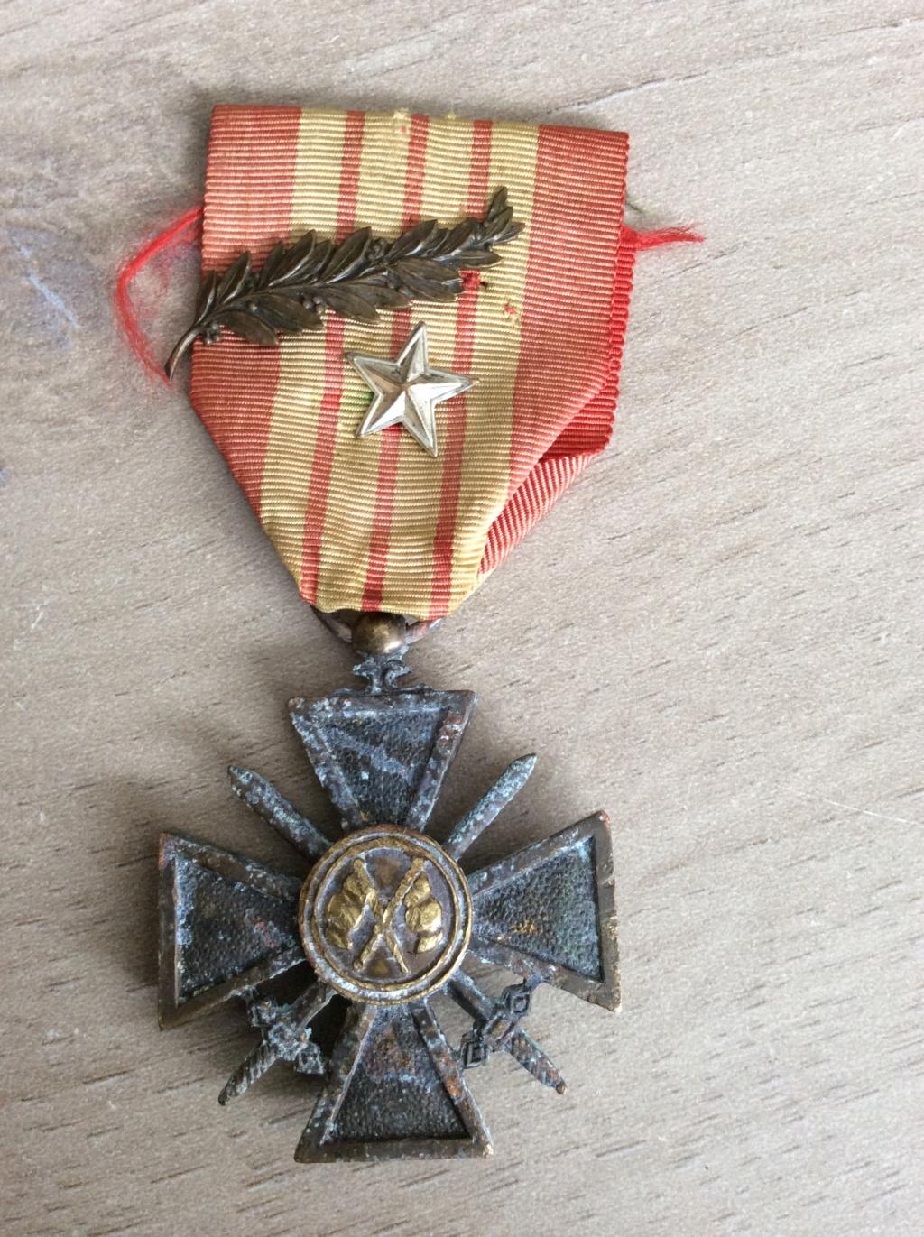 "Authentification croix de guerre ""Giraud"" Img_0511"