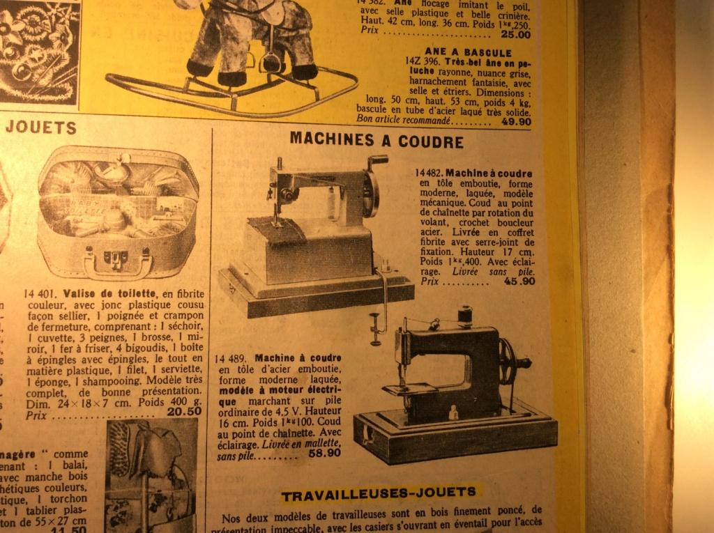 Machine à coudre jouet Manufrance . Mac_ma11