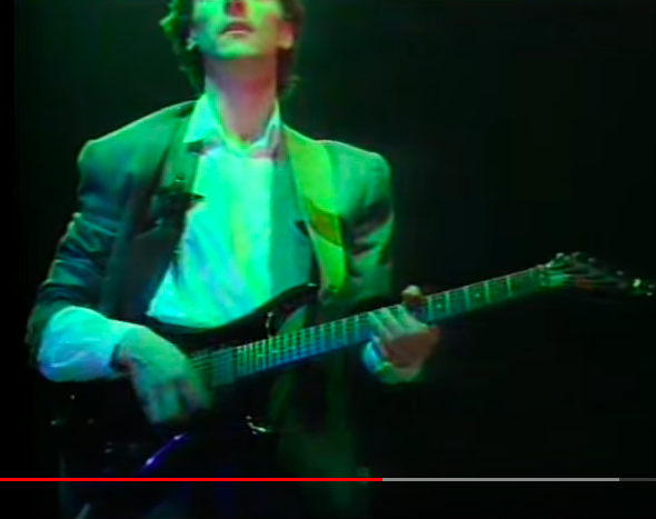 x390 - Is this a Westone Pantera X390? Level 42's Boon Gould in 1986... Panter12