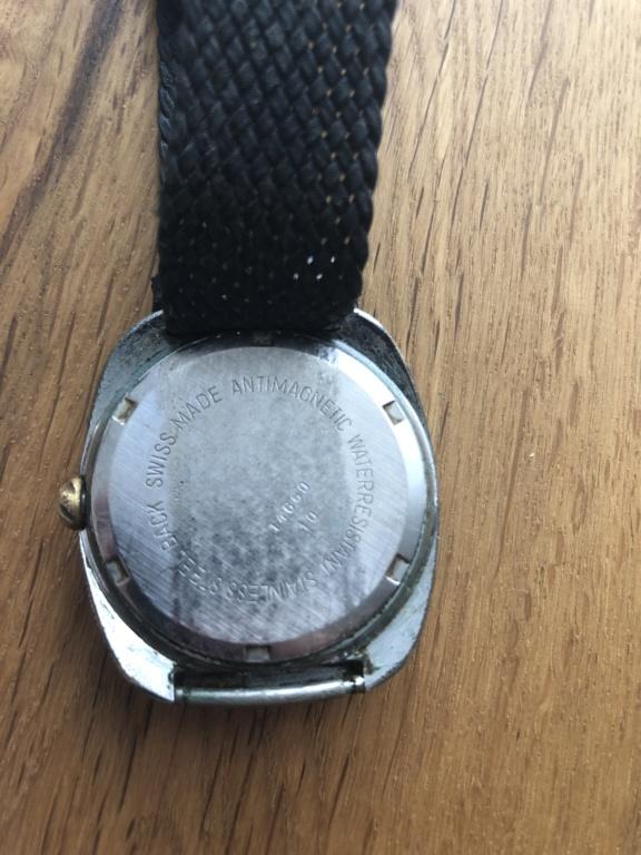 Jaeger - [ICI vos demandes d'IDENTIFICATION et RENSEIGNEMENTS de vos montres] - Page 5 Image11