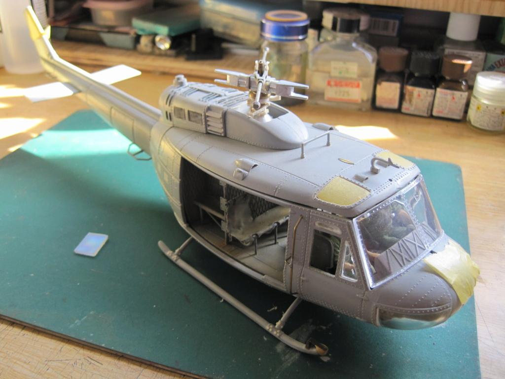 UH-1D - Dragon - 1/35 - Survol du Vietnam Img_3521