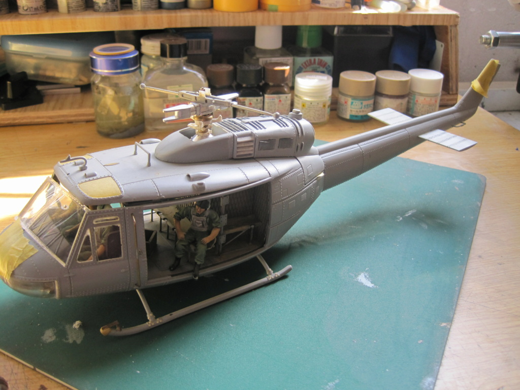 UH-1D - Dragon - 1/35 - Survol du Vietnam Img_3522
