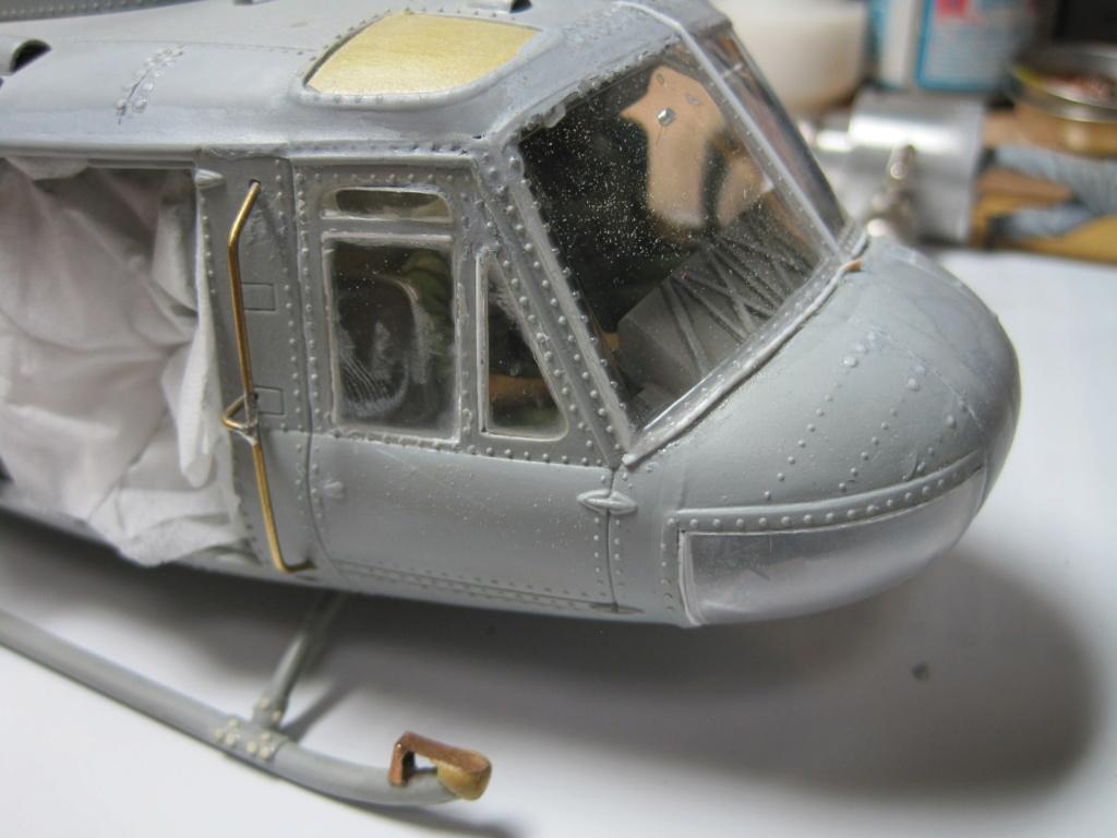 UH-1D - Dragon - 1/35 - Survol du Vietnam Img_3726