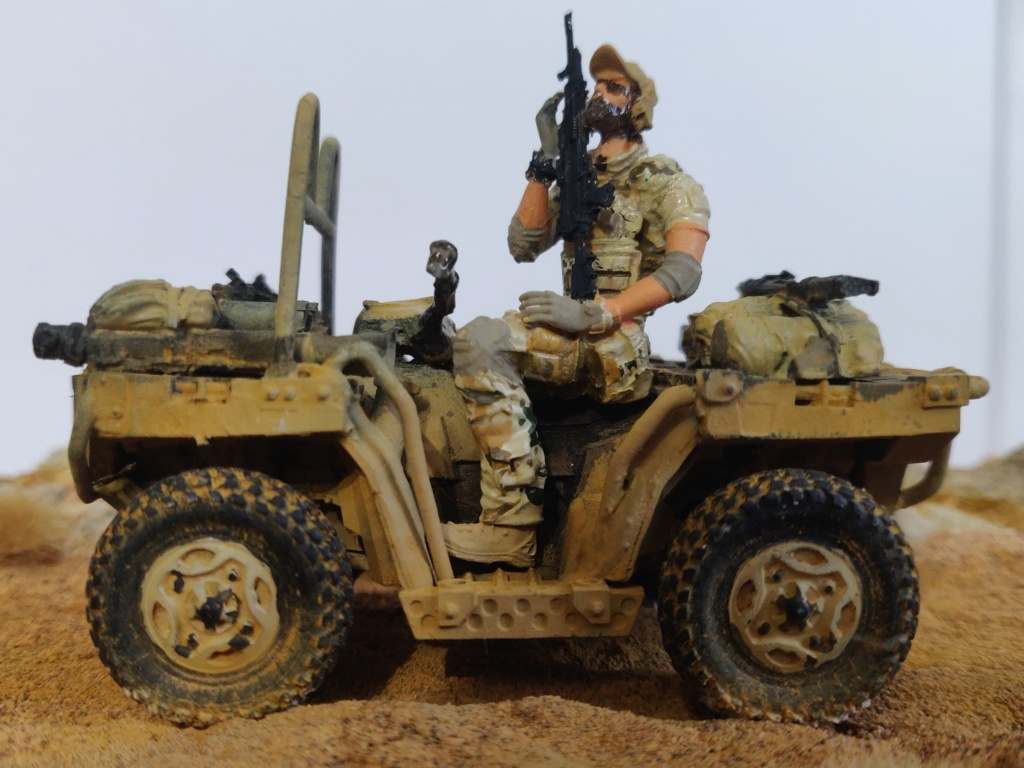ATV (All Terrain Vehicule) forces spéciales [Yufan 1/35] - Page 3 Quad411