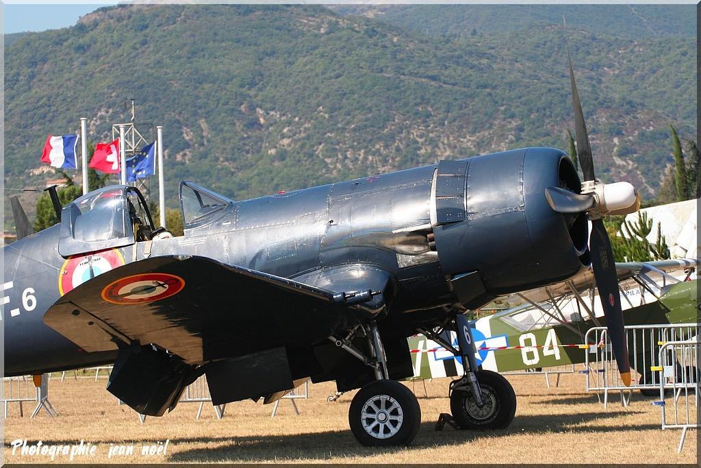 corsair F4U7 Img_9135