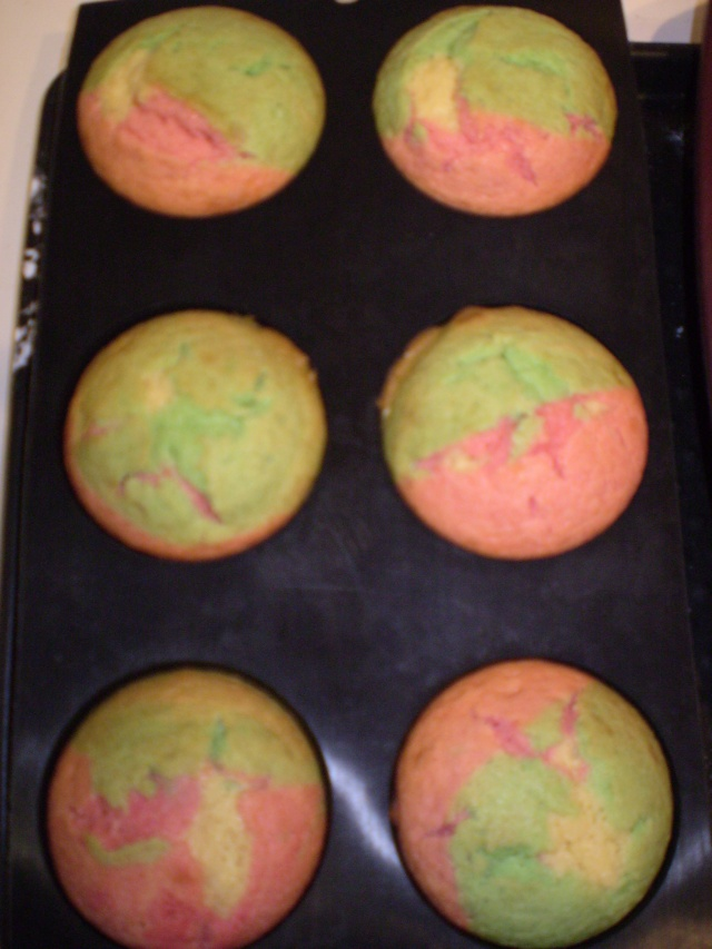 gâteaux multicolores du Carnaval P9130012