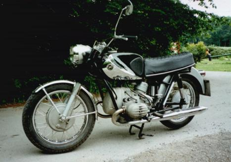 ? moto mystere N°146 ?        trouvée - Page 2 Marush10