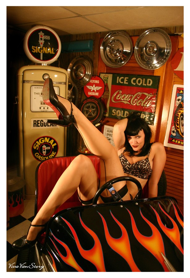 Les Hot Rods Go_car10