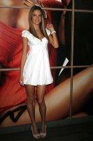 Les demi finales : Luisanna Lopilato vs Alessandra Ambrosio Alessa13