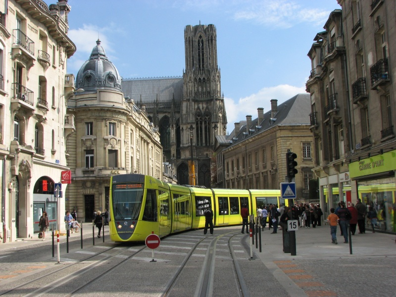 (Topic Unique) Tram de Reims Reims_10