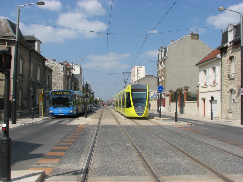 (Topic Unique) Tram de Reims Reims_13