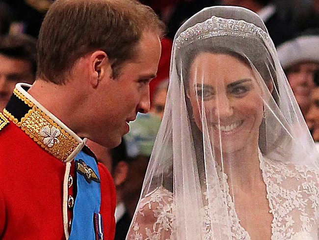 PRINCE WILLIAM  & CATHERINE  MIDDLETON 21635310