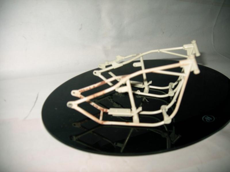[MECANIQUE]Transformer un cadre Softail en cadre rigide Tuto_015