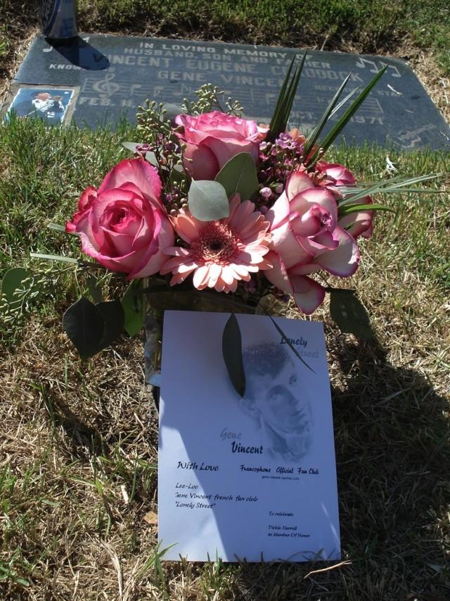 commemoration du 12 octobre 2007 Fleurs19