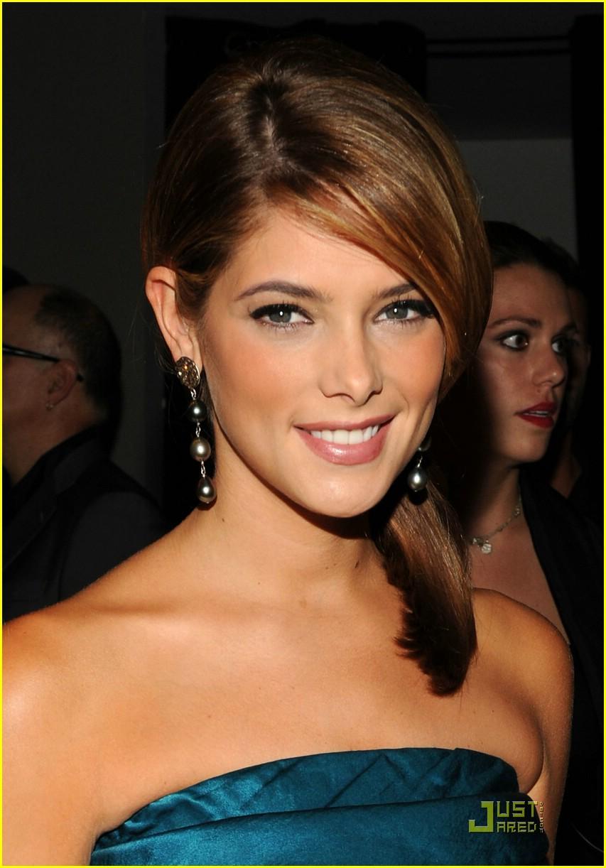 Mercedes-Benz Fashion Week [13-09-10] Ashley55