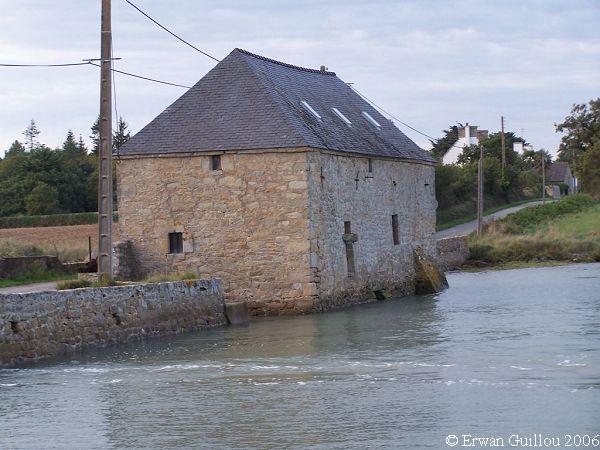 Les Moulins à Marée 15210