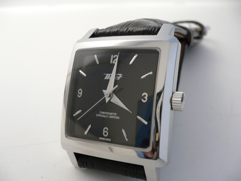 pleins feux sur les montre carré ( ou rectangulaire !) P1000310