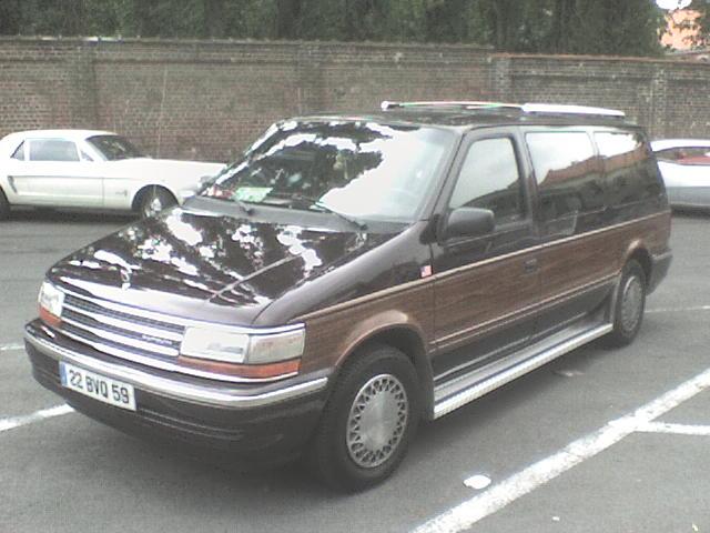 je vous présente mon Plymouth Dsc00017