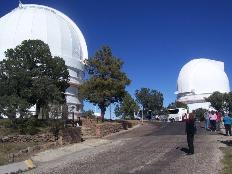 Observatoires astronomiques vus avec Google Earth - Page 10 800px-11