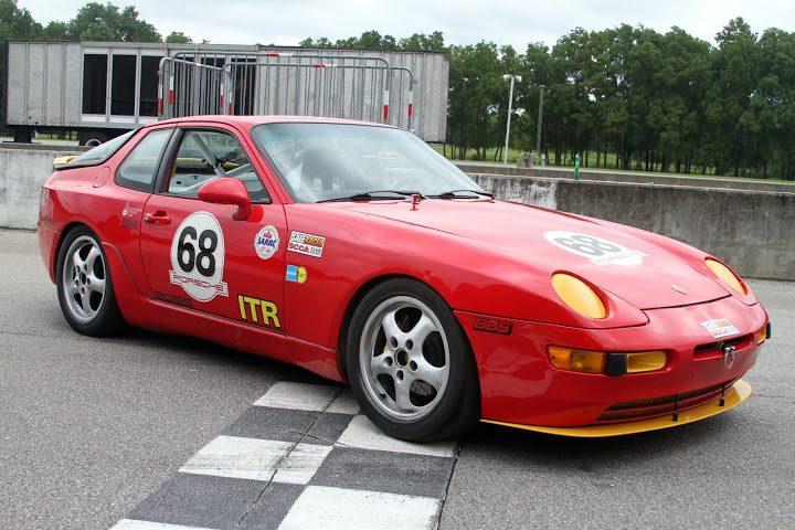 Porsche 944 racing 45610210