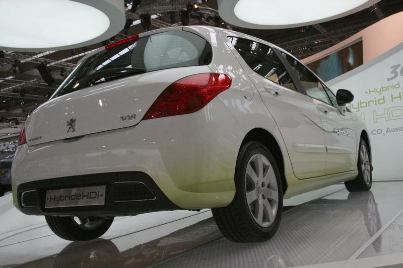 2007 - Peugeot Concept 308 Hybride Diesel et 308 BioFlex