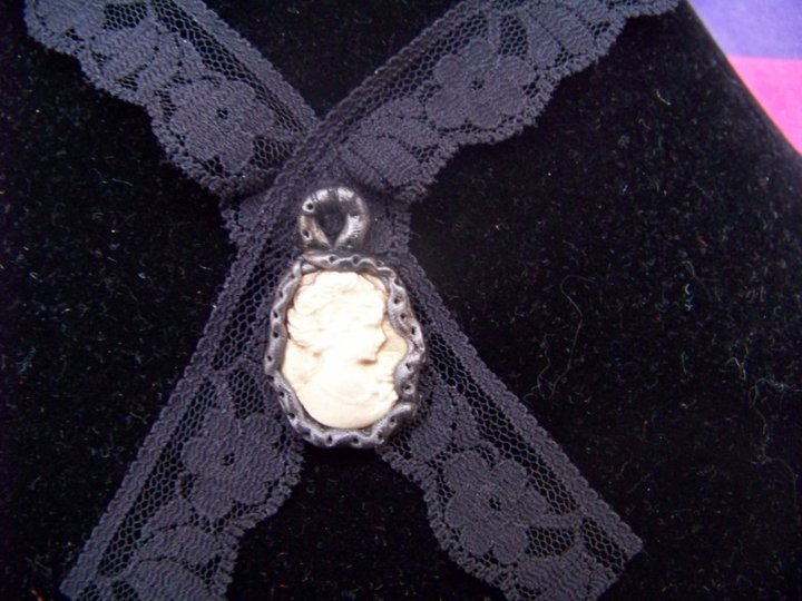AbracaDina (bijoux et accessoires) - Page 4 24843210