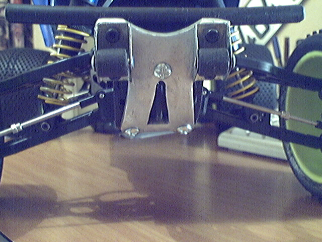 Wheelie bars sur TNX 5.2 Image_15