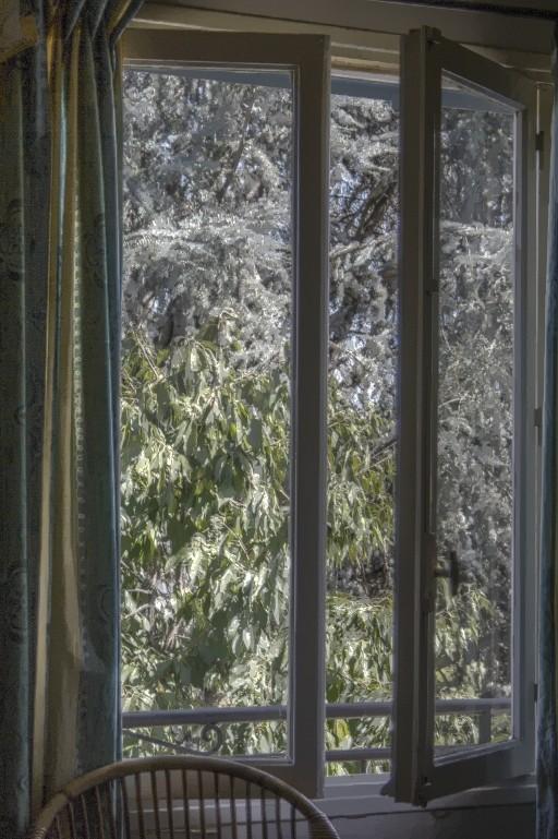Par la fenêtre Parlaf11